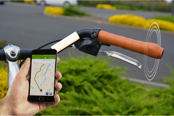 guidon connecté velco gps guidage lumière innovation