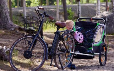 Nos conseils pour transporter votre enfant dans une remorque vélo