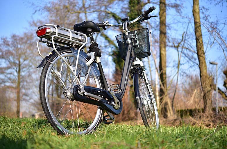 vélo électrique à l'énergie solaire